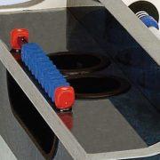 Garlando Olympic Outdoor Münzprüfer-Fußballtisch für draußen mit Glasbedeckung, mit Teleskopstangen